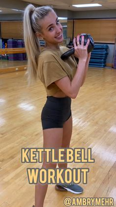This full body kettlebell workout will help you sculpt or strengthen your body. It's perfect for beginners or advanced fitness people. Work up a sweat with this workout. lifestyle lifestyle fitness lifestyle healthy habits lifestyle ideas lifestyle tips Kettlebell Training, Full Body Kettlebell Workout, Cardio Training, Insanity Workout, Best Cardio Workout, Workout Videos, Gym Workouts, Body Sculpting Workouts, Dumbbell Workout