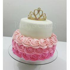 Aqui esta la dueña de la corona ☝ esta linda torta con Fondant y Buttercream que… Torta Baby Shower, 1st Birthday Princess, Baby Shower Princess, Disney Birthday, Pretty Birthday Cakes, Birthday Cake Girls, Beautiful Cakes, Amazing Cakes, Ballerina Party