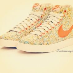 Floral NIKE's