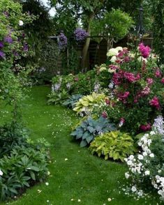Small Gardens, Outdoor Gardens, Amazing Gardens, Beautiful Gardens, Landscape Design, Garden Design, Garden Forum, The Secret Garden, Secret Gardens