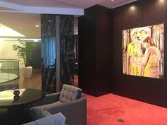 Daily open: Playtime with paintings by German artists Anna Borowy and Armin Völckers at Waldorf Astoria Berlin February 14th - March 11th 2018 #waldorfastoriaberlin #waldorfastoria #art #painting #oscars2018 #kunst #waldorfastoriaberlin #interiordesign #hotels #artist #portrait #fairytail #contemporary #art #artblogger #artmagazine #projects #annaborowy #berlin #painting #artists #fox #woman #strong