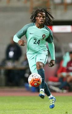 Great player for portugal future regeneration ..... Learn to Cr7 ..Mr sancez