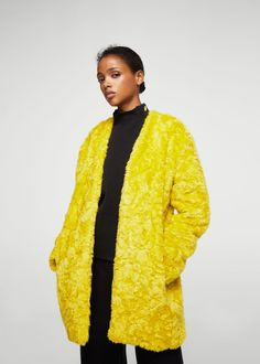 Discover the latest trends in Mango fashion, footwear and accessories. Fur Clothing, Coats For Women, Favorite Color, Faux Fur, Latest Trends, Fur Coat, Kimono Top, My Style, Jackets