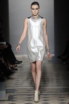 Balenciaga Fall 2008 Ready-to-Wear Fashion Show - Aline Weber