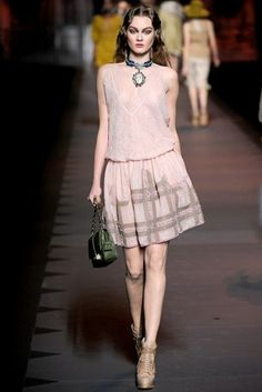 Jac - Christian Dior Fashion Show Fall 2011 Ready-to-wear Runway