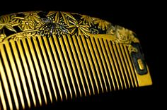 Kanzashi Gold Lacquer Hair Comb - Gold Lacquer Kushi  Kanzashi -  Japanese Kushi Kanzashi - Japanese Kanzashi Hair Comb - Kanzashi Hair Comb by JapaVintage on Etsy