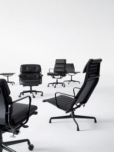 Eames in black