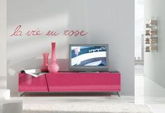 Fancy Living Room in Pink Theme