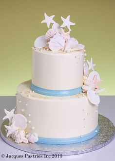 Shell and Starfish Wedding Cake - perfect for a FantaSea Yachts Wedding!