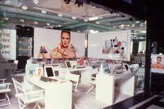 1982 - Clinique Counter