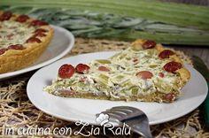 La torta salata ricotta wurstel e cardi è una torta salata molto gustosa che potrete preparare per una scampagnata o una cena diversa e sfiziosa