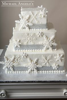 Where Do I Find Xmas Cake With Hard Icing
