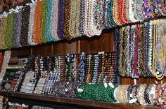 Magazin bijuterii cu pietre semipretioase in Bucuresti Chakra, Blanket, Crochet, Crystal, Chakras, Crochet Crop Top, Chrochet, Rug, Blankets