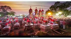 Looking for upcoming fairs and festivals of India in March Festivals like Holi, Myoko and Jaipur Elephant Festival all fall in the month of March. Festivals Of India, Fairs And Festivals, March Month, Jaipur, Holi, Elephant, Events, Table Decorations, Holi Celebration