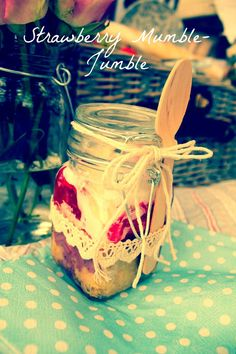 Just Darling: Foodie Friday- Lets Picnic Picnic Decorations, Trifle Pudding, Meals In A Jar, Summer Picnic, Sweet Tooth, Strawberry, Food And Drink, Let It Be, Picnics