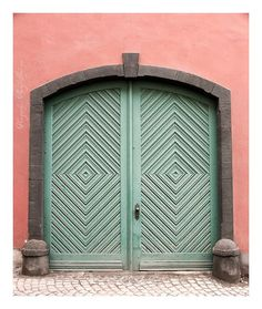 Architecture also inspires us, especially with colours like these. We love Mint and Coral together.