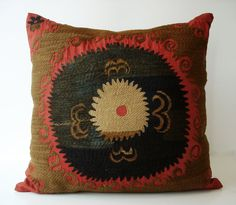 Sukan / Vintage Hand Embroidered Suzani Pillow Cover - 20x22