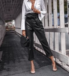 Relaxed in Leather FASHIONED|CHIC