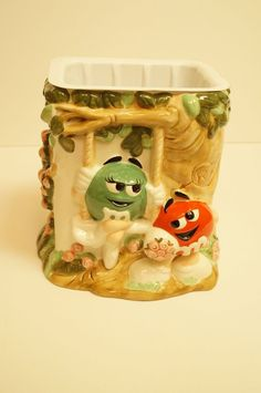 Red & Green M&M's In Love Mars FTD Ceramic Planter with plastic liner  #MM
