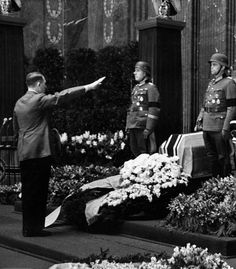Adolf Hitler honors the fallen soldiers of the Wehrmacht who died bravely during the invasion of France. 1940.