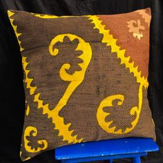 This oriental Suzani Pillow cases fashioned out of vintage suzani embroideries from Central Asia, silk/cotton hand embroidery. Great for Boho-chic style, Bohemian and can also be mixed with contemporary, modern or ethnic decor. Ethnic Decor, Boho Decor, Pillow Sale, Embroidered Silk, Ikat, Hand Embroidery, Hand Weaving, Pillow Covers, Textiles