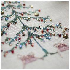 xmas tree cross stitch