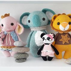@marjanvanderleer I loooooooove your picture! Thank you!!  Pattern /Anleitung in my etsy shop  #amaloudesigns #pattern #anleitung #koalapepe #koala #koalabear #pandagirlnele #littleava #leoloewe #amigurumi #amigurumidoll #doll #handmadetoy #crochetanimal #crochetart #häkelnisttoll #häkeln #crochet #kawaii #etsyshop #etsystore #etsyseller