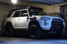 Toyota 4Runner off-road