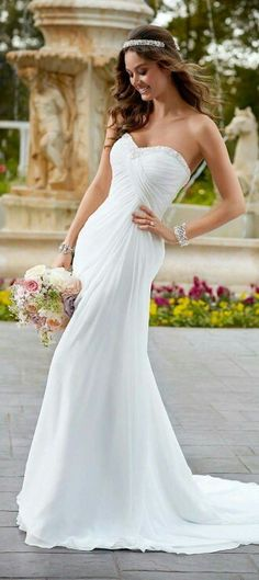 Stella York wedding dresses stocked by Fross Wedding Collections. View our bridal boutique's range of Stella York bridal gowns. 2015 Wedding Dresses, Wedding Attire, Bridal Dresses, Wedding Gowns, Bridesmaid Dresses, Strapless Wedding Dresses, Dresses 2016, Prom Dresses, Mod Wedding
