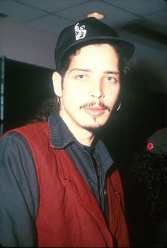 •October, 1991• Chris attending the Foundations Forum 91 at the Airport Marriott Hotel in Los Angeles. #chriscornell #soundgarden #audioslave #templeofthedog