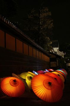 Japanese umbrellas, Wagasa 和傘-- this would be an interesting alternative to the overhead paper lanterns.