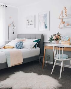 Happy weekend everyone!! I still adore this teenage bedroom makeover I did a few months back. This room was done on a budget of $2000 and we changed everything! Absolutely everything, except the carpet and mattress. You can find more images on my website under Interior Styling  buttttt my purpose for posting is to ask your thoughts on two toned walls. Like/ dislike? I'm a fan