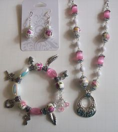 Romantic pink rose jewelry set by thelemontreeshoppe on Etsy, $45.00