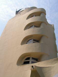 Einsteinturm - Erich Mendelsohn - Potsdam, Germany
