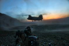 US Army Rangers awaiting a CH-47 Chinook.