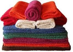 Bath towels are bathroom essential that you should have in your bathroom. And having the best bath towel does not mean you should purchase expensive one because Cotton Towels, Tea Towels, Bath Towels, Autumn Fair, Cheap Baths, Knitted Hats, Crochet Hats, Towel Embroidery, Border Embroidery