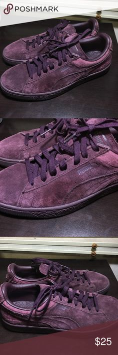 new styles 263f8 0576e Men s Puma suede classic emboss in wine tasting Good condition. Some  discoloration on left shoe