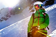 26 years of experience of creating innovative and technical ski wear lies behind the Heli Line. Developed together with the Peak Performance ski team. It's one work-horse you'll be happy to go backcountry in.
