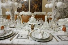 Winter Wonderland Wedding ideas with Vintage Lace White Table Linen Fall Window Decorations, Wedding Decorations, Christmas Scenes, Christmas Mood, Winter Wonderland Wedding Theme, Chair Cover Rentals, Wedding Place Settings, Beautiful Table Settings, Wedding Rentals