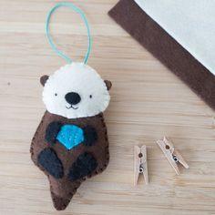 Handmade Felt Otter Holding Clam Ornament