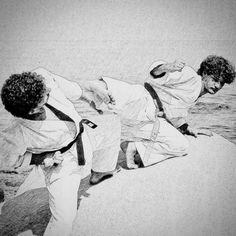 Taikikan-Dojo  #karate #karatedo #shotokan #schwarzgurt #dan #meistergrad #meister #budo #budoka #kuroobi #blackbelt #drawings #zeichnung #kumite #karetefamily #karatemaster #karateislife #karateman #karate4live #karateteam #kampf #kampfkunst #martialarts #blackbelt #yokogeri #kumite #meer #sonne #felsen