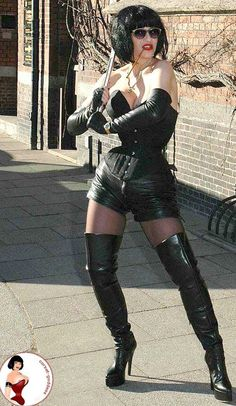 Lady jane corset goodess . Hot leegs in boots