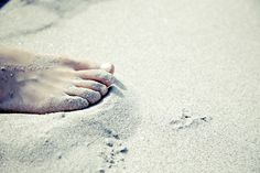 Why So Many People Love the Beach   Habits for the Soul ♥ #beachlife #grounding #earthing #habitsforthesoul