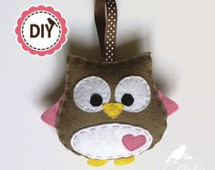 DIY frog hair clip holder PATTERN by NikisBirdhouse on Etsy