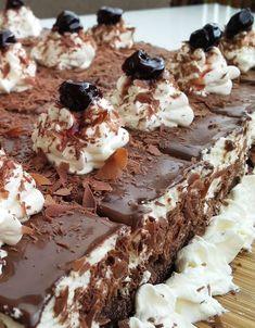 Black Forest, Panna Cotta, Ethnic Recipes, Sweet, Desserts, Food, Kuchen, Recipies, Candy