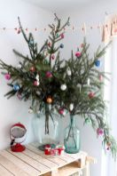 Cheap and easy christmas decorations for your apartment ideas (2)