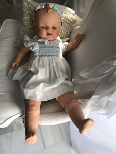 Big Baby Dolls, Baby Doll Clothes, Doll Clothes Patterns, Clothing Patterns, Old Dolls, Antique Dolls, Vintage Dolls, Big And Beautiful, Beautiful Dolls