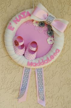 Baby Crafts, Felt Crafts, Diy And Crafts, Diy Gifts To Make, Diy Baby Shower Decorations, Baby Mobile, Tulle Wreath, Paper Flower Wall, Felt Diy
