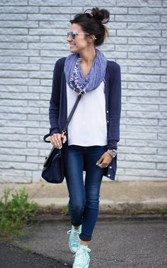 Simple Look for Fall. Mint Shoes, Navy & White - Seriously beginning to think I need a pair of converse sneaks.