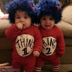 Thing 1 and Thing 2 Twins - Homemade costumes for babies costume works Primer Halloween, Homemade Halloween Costumes, Halloween Costume Contest, First Halloween, Halloween Costumes For Twins, Baby Costumes For Boys, Zombie Costumes, Halloween Couples, Group Halloween